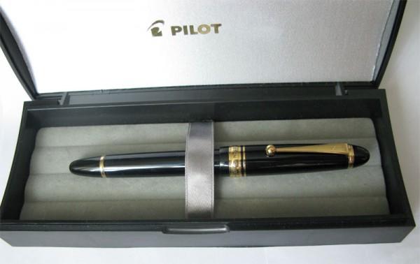 перьевая ручка Pilot Custom 823